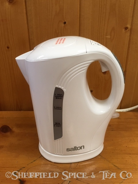 salton cordless tea kettle white