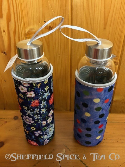 beverage bottles with cover pair